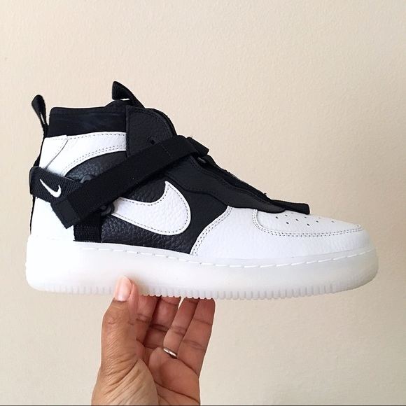 Nike Leather Air Force 1 Utility Mid Sneaker in WhiteBlack